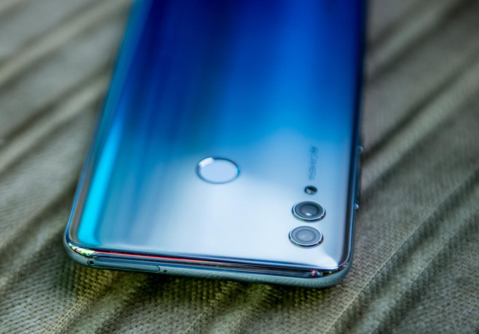 Ничего круче в недорогих смартфонах можете уже не ждать. Быстрый обзор Honor 10 Lite