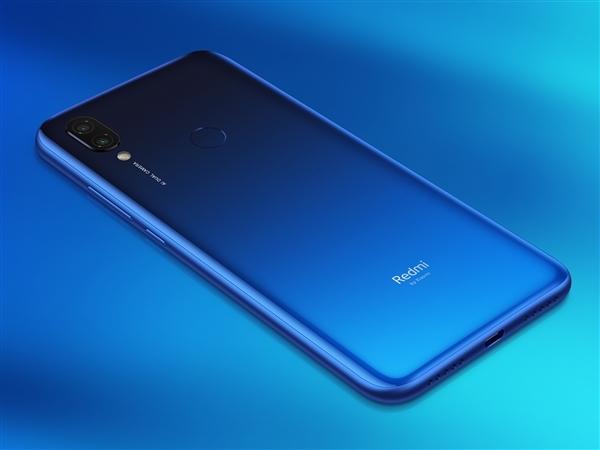Смартфоны Redmi подорожают до 370 долларов