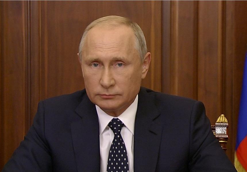 Путин считает российский интернет свободным для обмена информацией