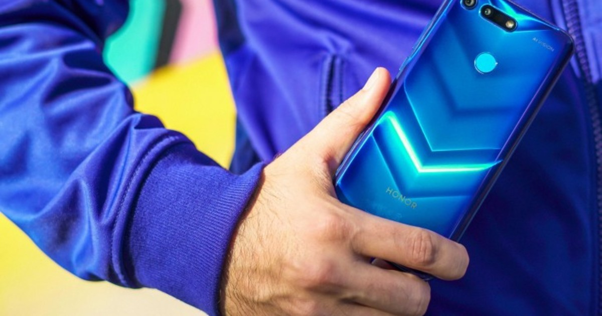 Honor заплатит 5000 евро за потерянный прототип смартфона