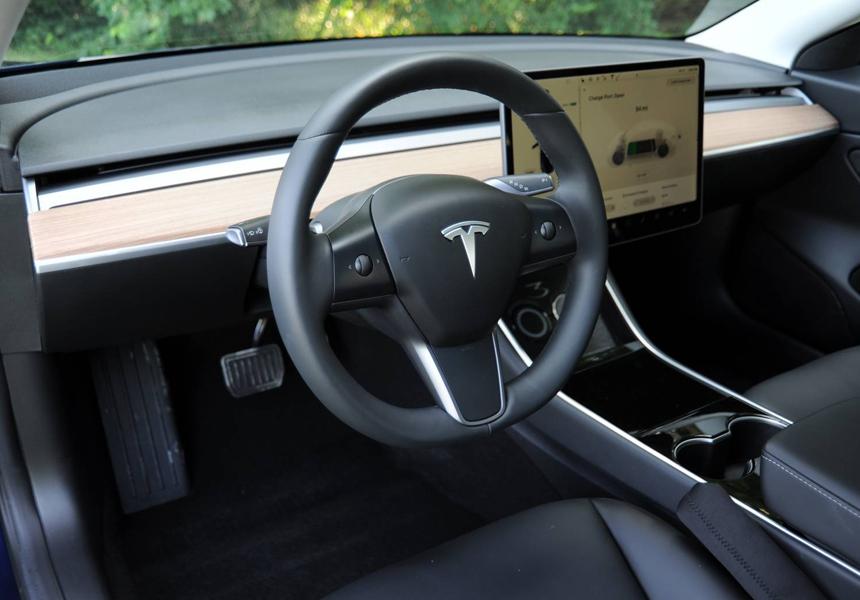 Появилось доказательство, почему автопилот Tesla не хуже настоящего водителя