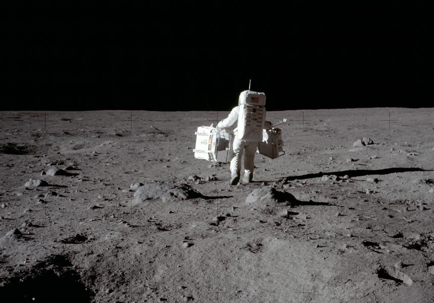 Трамп заплатит NASA $1,6 миллиарда для скорого возвращения астронавтов на Луну