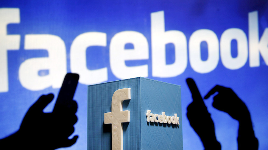 Роскомнадзор пожаловался, что Facebook с ним не разговаривает