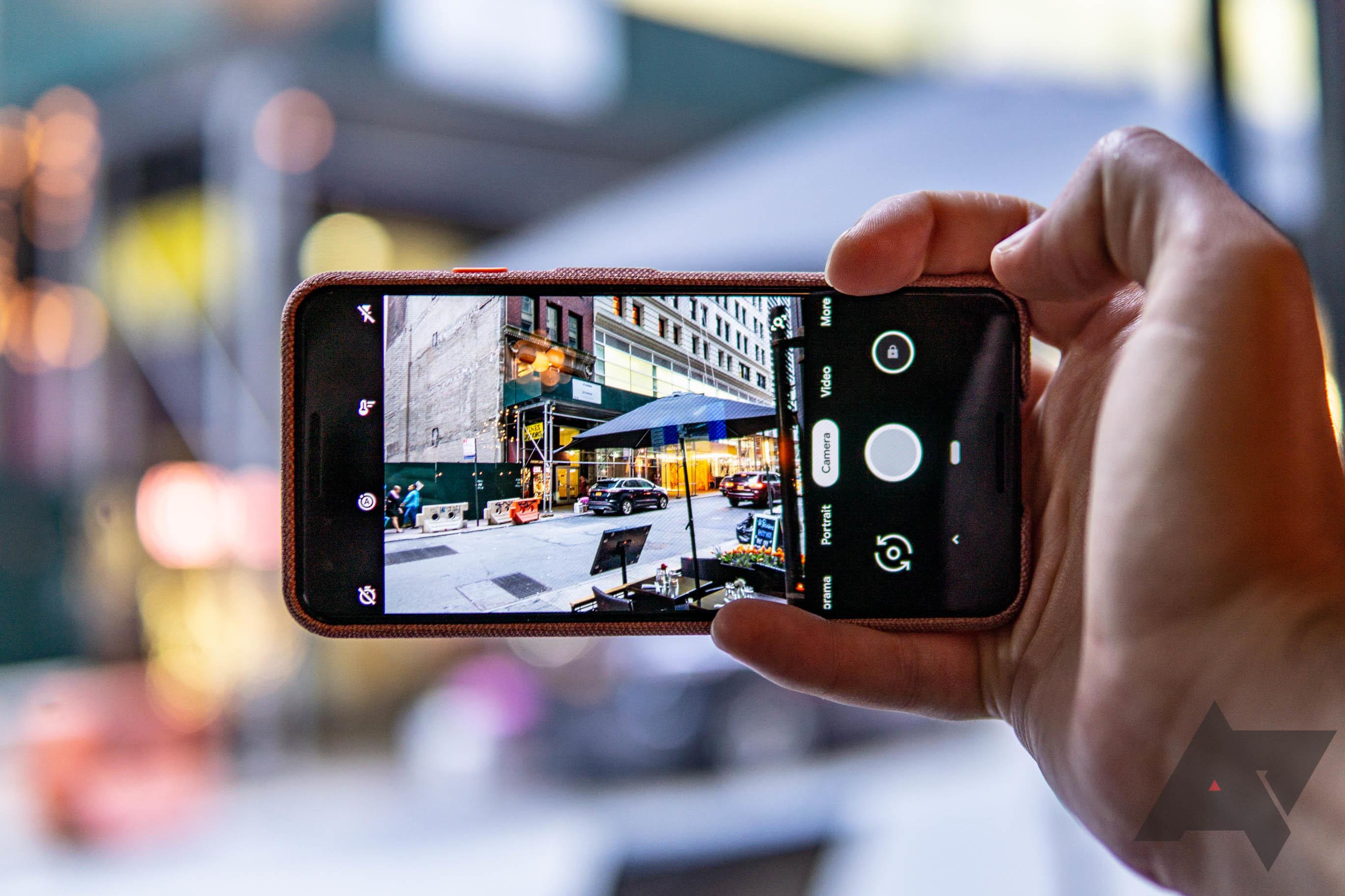 Синдром алкоголика: камера во флагманских смартфонах Google трясется сама по себе