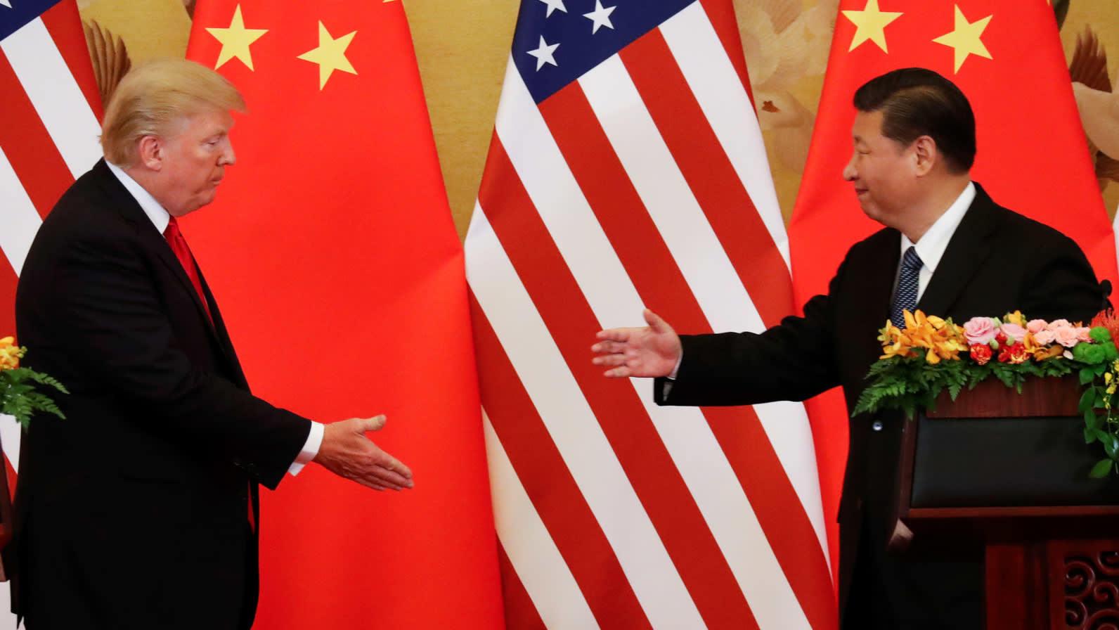 Трамп отсрочил введение пошлин на китайские смартфоны