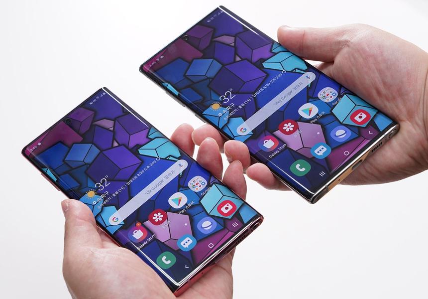 Samsung поставит в следующий Galaxy S экран нового поколения