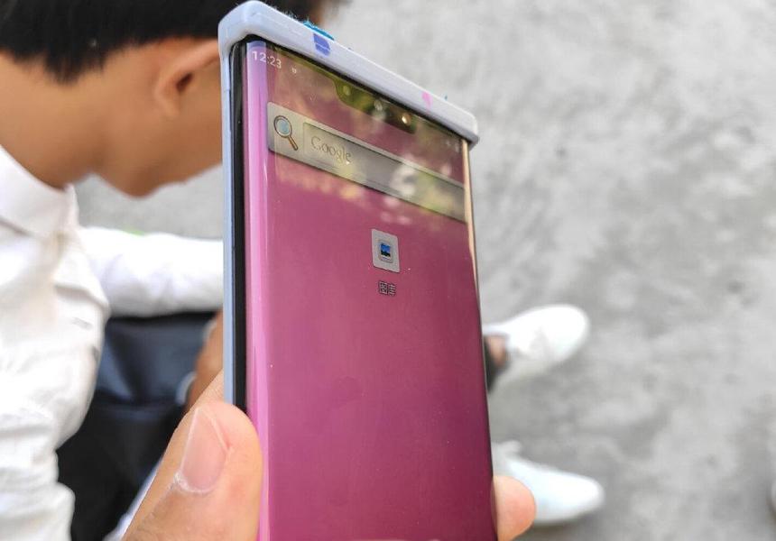 В сеть утекли «живые» фото ожидаемого флагмана Huawei Mate 30 Pro