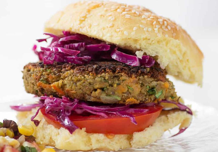 Учёные признали вегетарианские заменители мяса вредными для здоровья