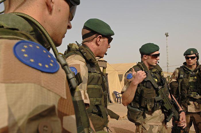 Европа отказалась создавать единую армию