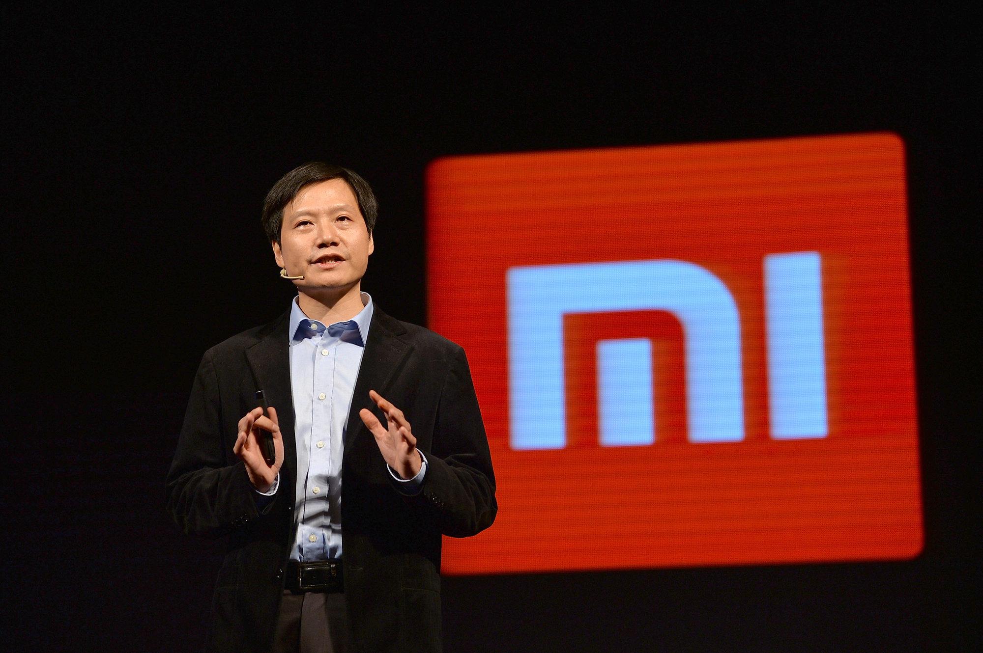 Главу Xiaomi обвинили в двойных стандартах