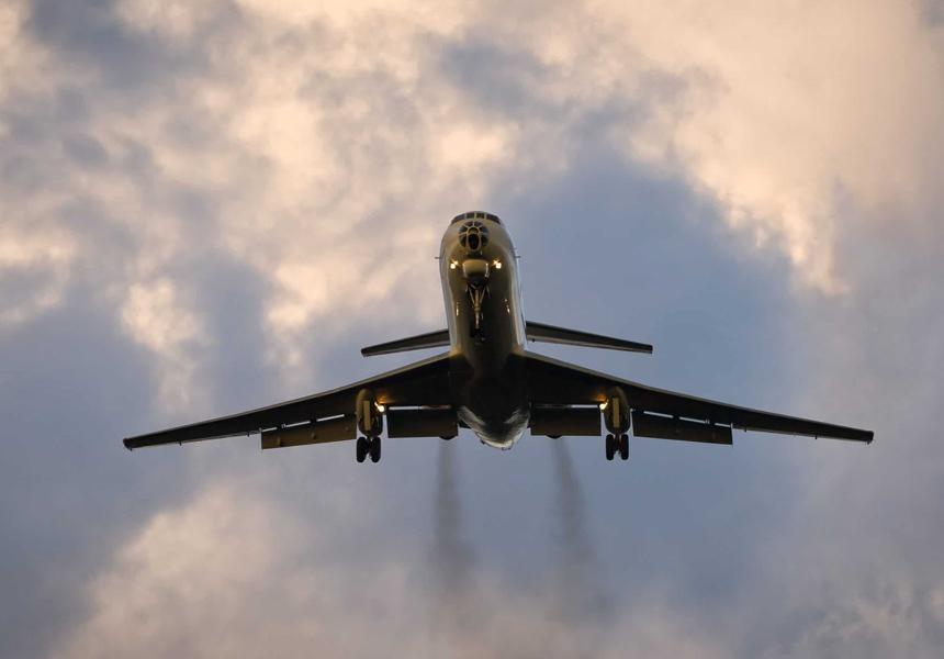 Экоактивисты вынудили европейцев начать отказываться от авиаперелётов