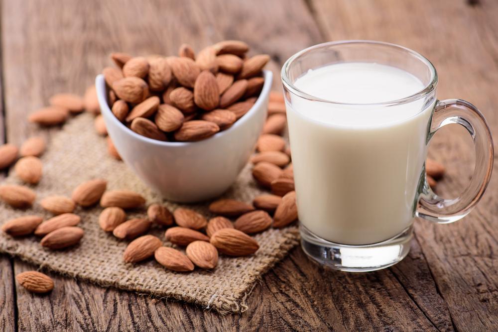 """Азиатские компании вложили 225 млн долларов в """"ненастоящее"""" молоко"""