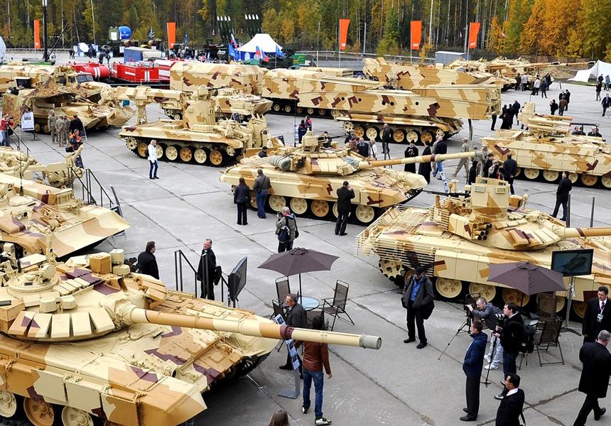 России наконец начали отдавать долги за военную технику