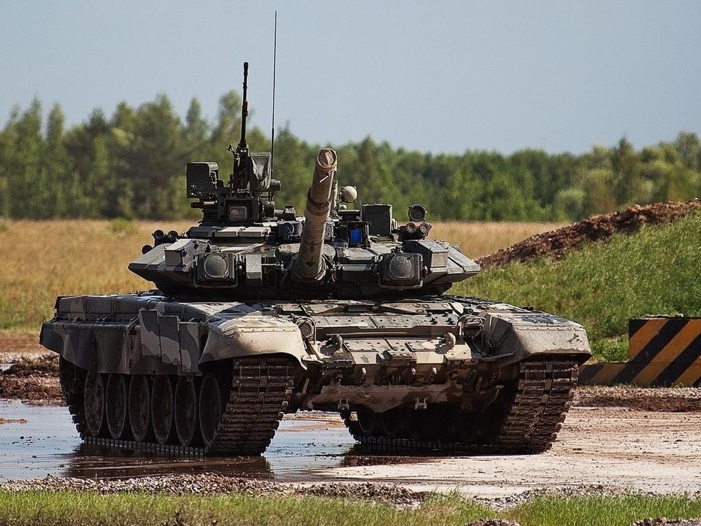 В США заметили танк, подозрительно напоминающий российский Т-90