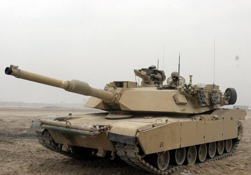Названы критические недостатки танков НАТО в случае войны с Россией