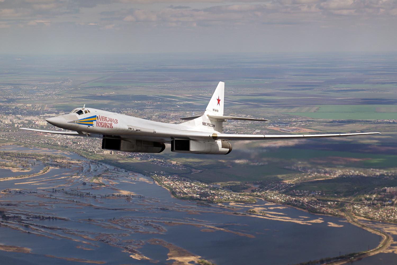 Американские эксперты указали на главный недостаток российского бомбардировщика Ту-160