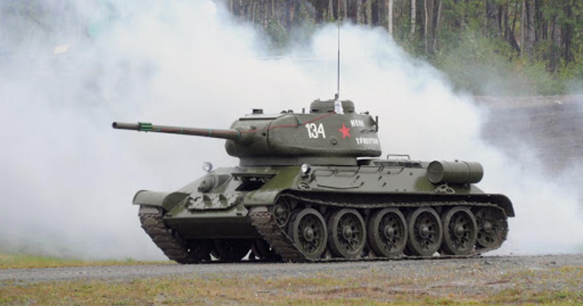 Восстановленные танки Т-34 времен Второй мировой войны попали на видео