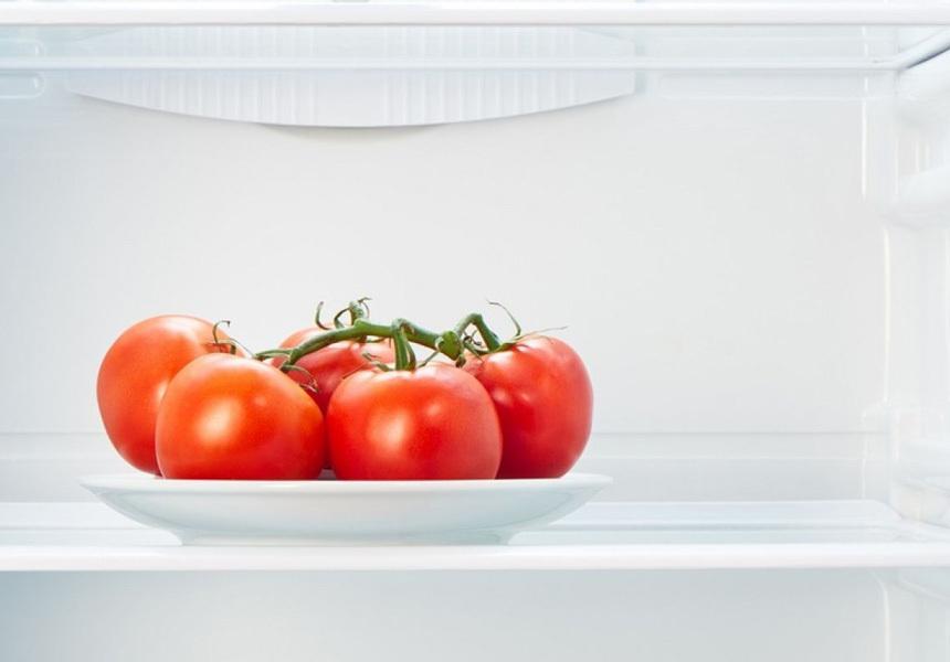 Учёные по вкусу помидоров оценили способы их хранения