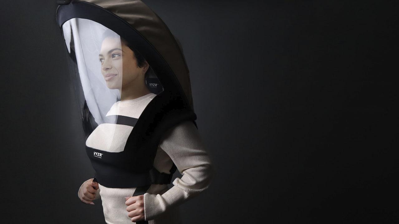 Показан новый противовирусный костюм