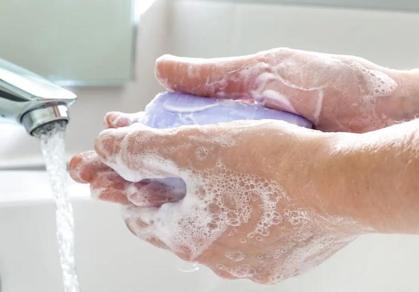 Учёные подсчитали, сколько раз в день надо мыть руки для защиты от коронавируса