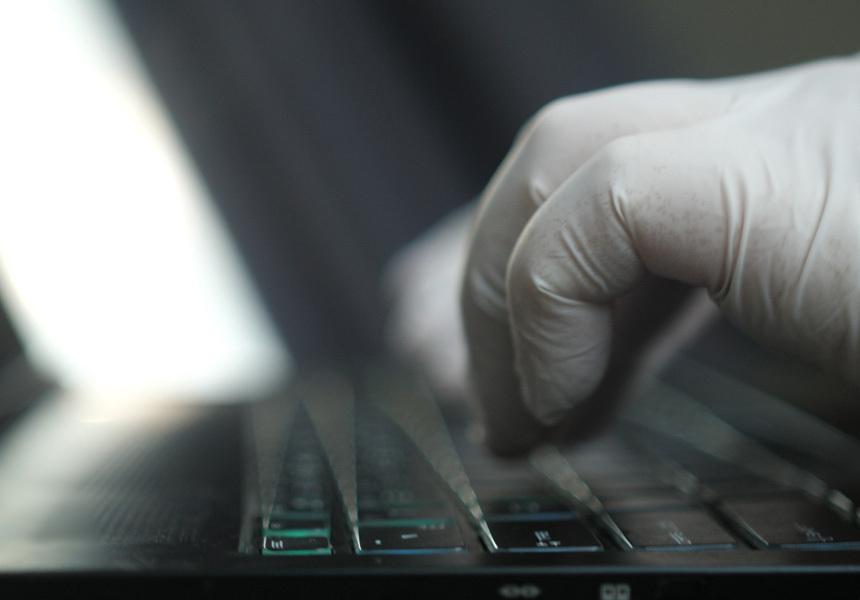 Хакеры начали взламывать компьютеры через Excel, используя панику вокруг COVID-19