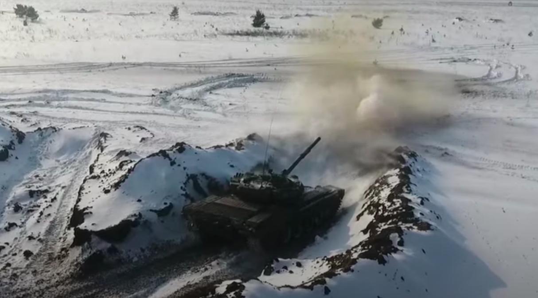 На видео показали боевую подготовку российских танкистов