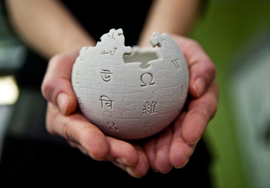 Википедия запретит притеснять авторов-геев
