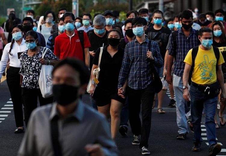 В Сингапуре захотели раздать жителям чипы для отслеживания заражений коронавирусом