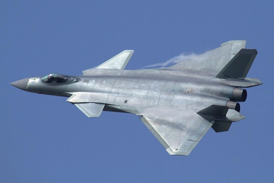 В Китае модернизировали истребитель пятого поколения
