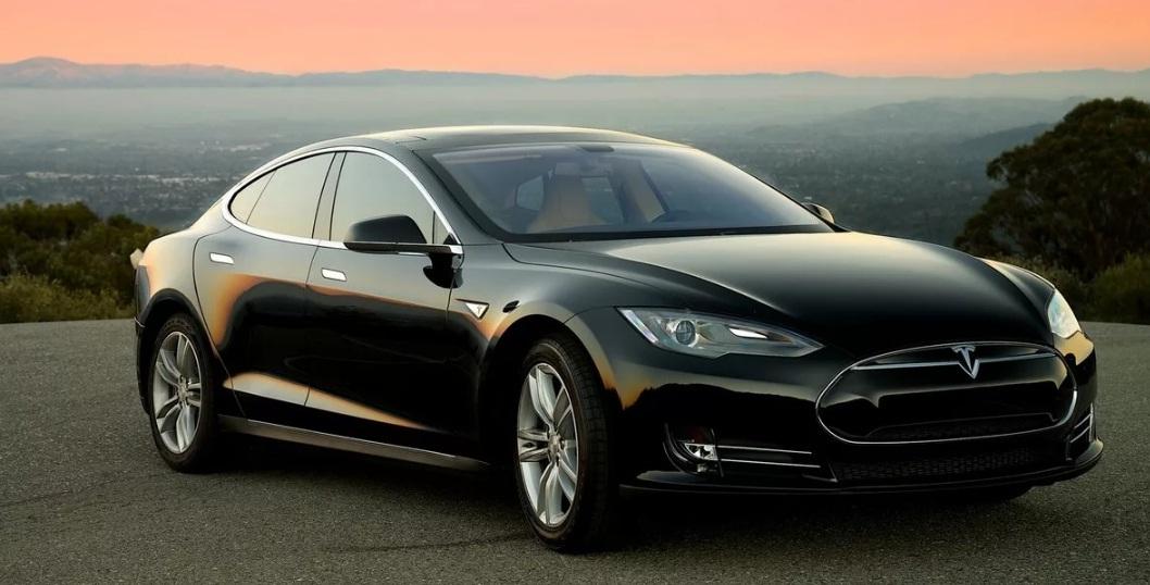 Эксперты спрогнозировали рост продаж Tesla в России