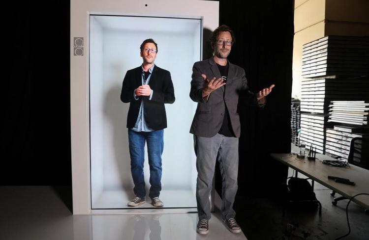 Видеозвонки заменят голограммами человека в полный рост