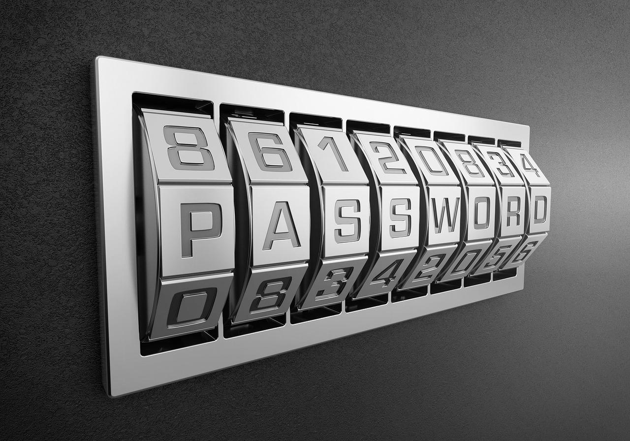Преступники научились подбирать пароли за 12 минут