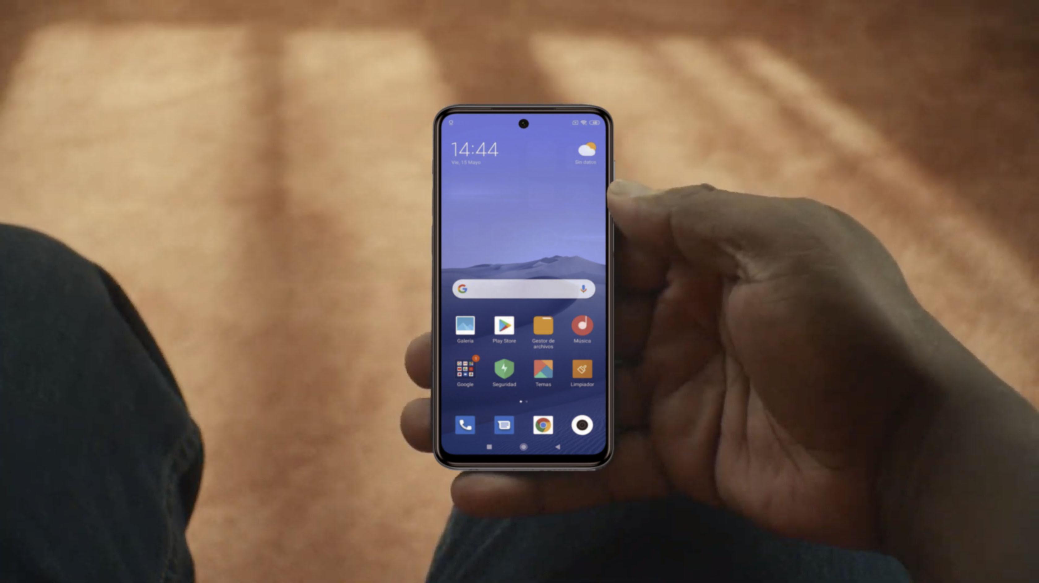 Компактные Android-смартфоны назвали невыгодными