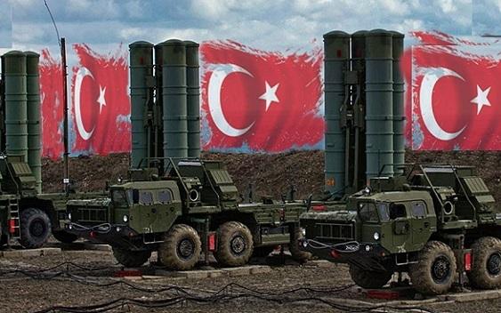 Турция заявила о намерении оставить российские С-400, несмотря на угрозу санкций от США
