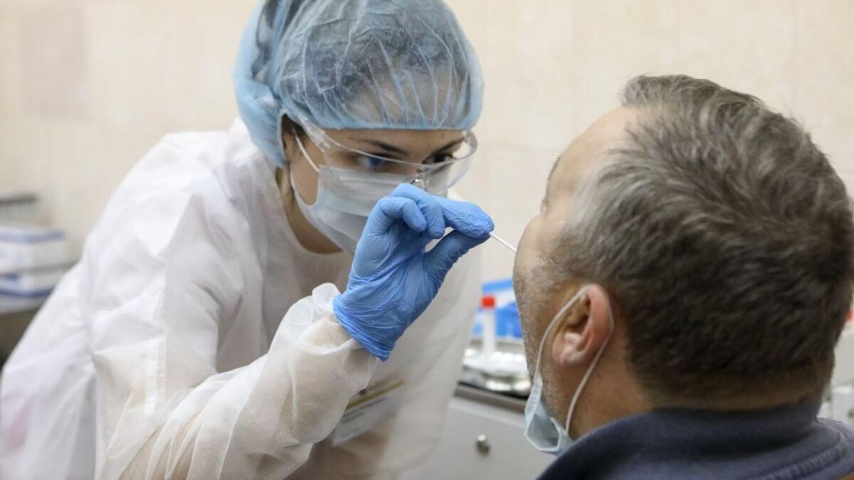 Люди болеют коронавирусом без симптомов из-за проблем иммунитета