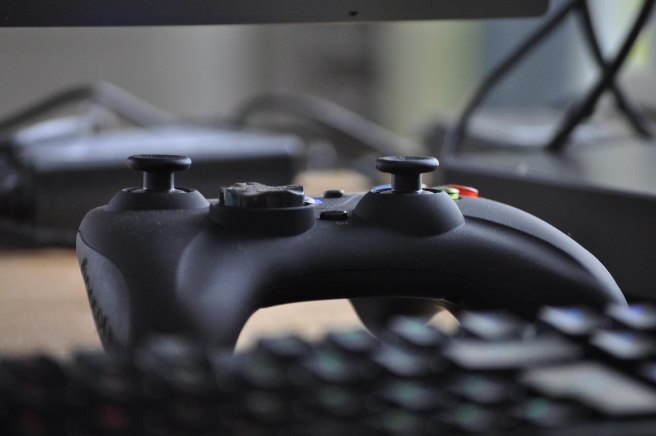 Пользователи компьютеров начали отказываться от клавиатуры и мыши для управления в играх