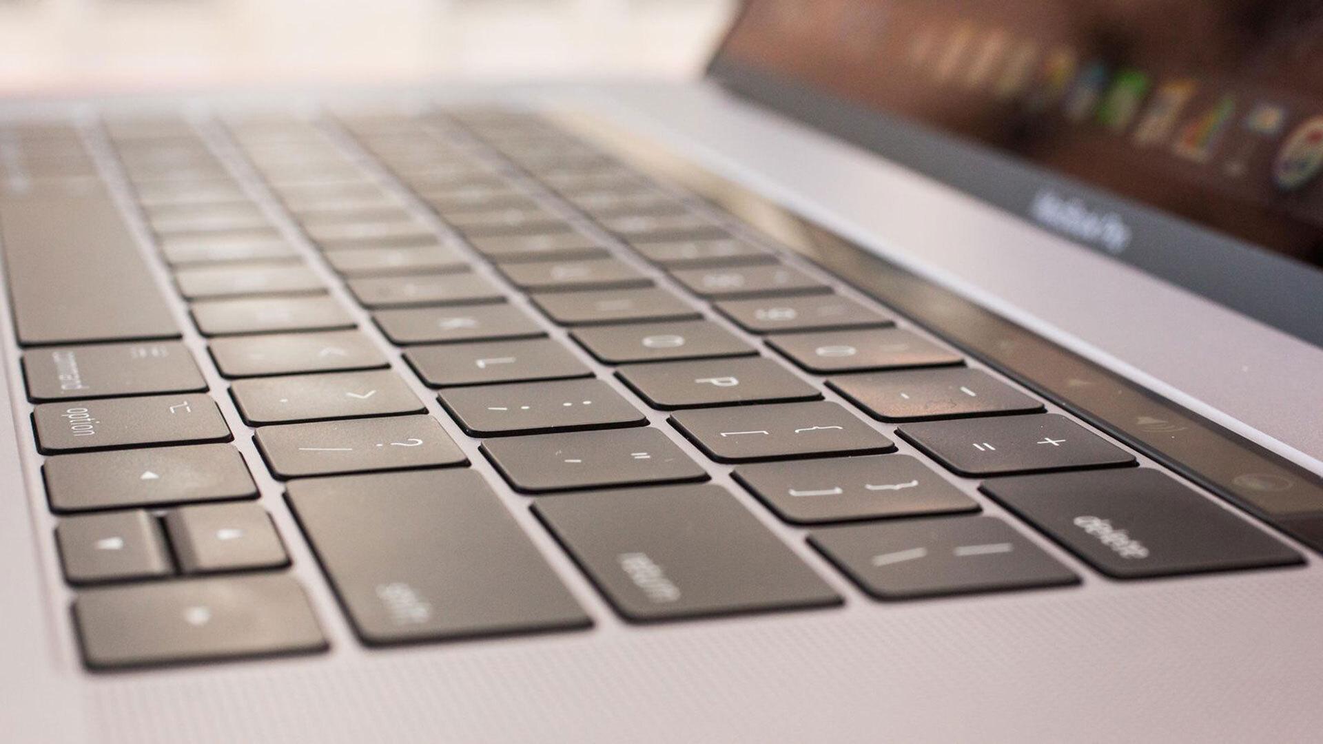 Apple запатентовала клавиатуру из сенсорного дисплея для ноутбуков