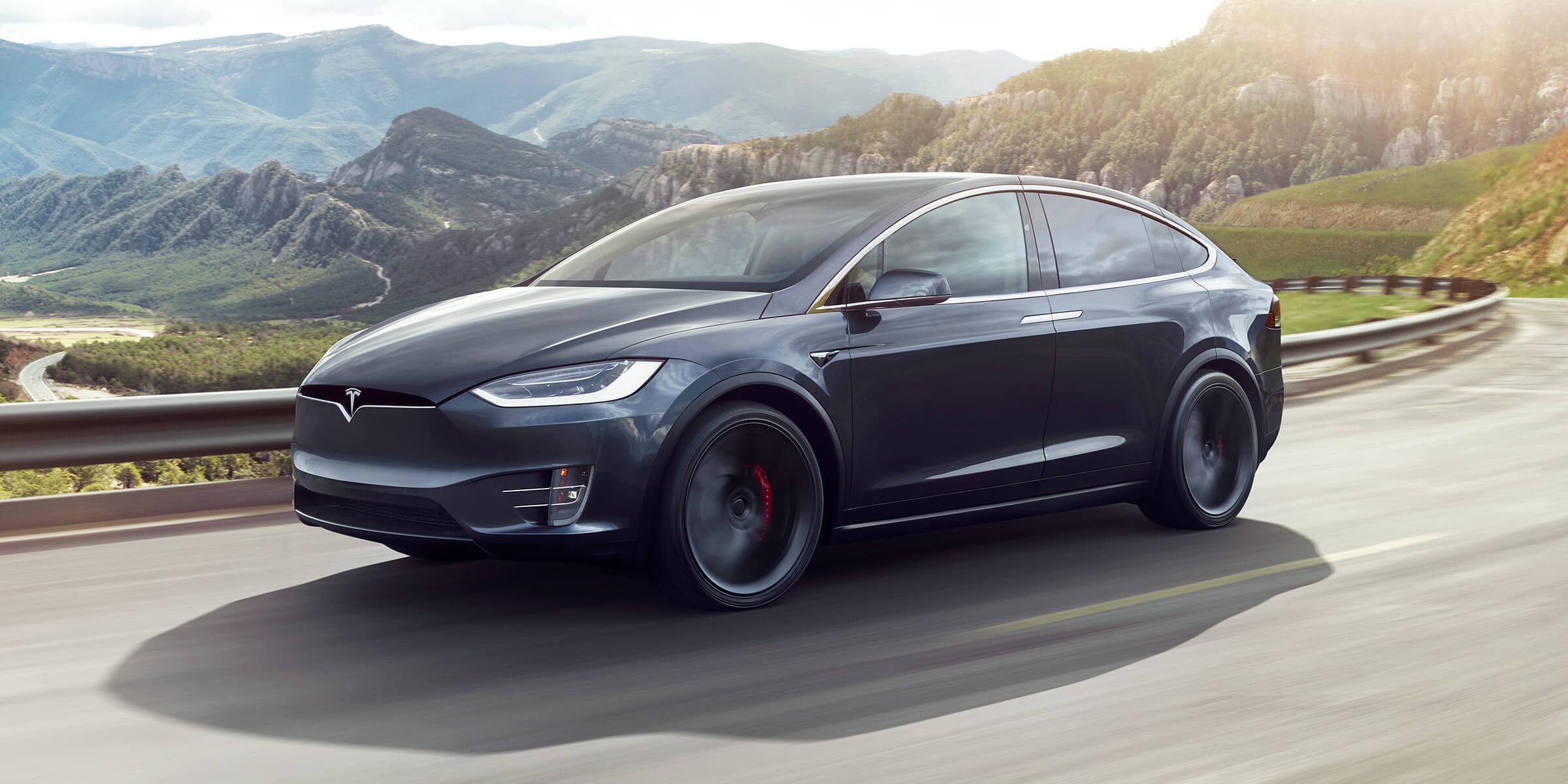 Tesla научились угонять за 90 секунд из-за «дыры» в прошивке