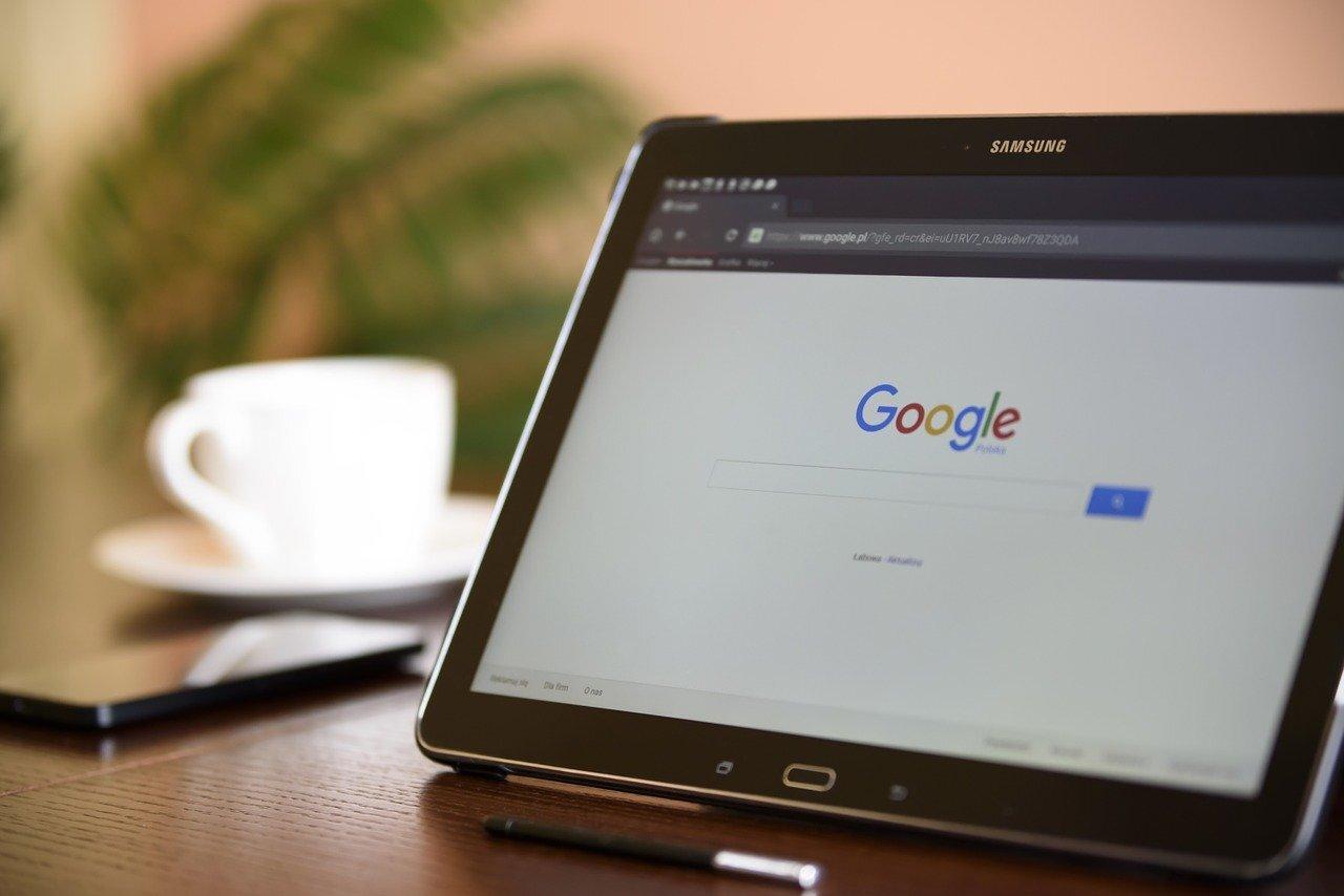 Google обвинили в слежке за сотрудниками и незаконных увольнениях