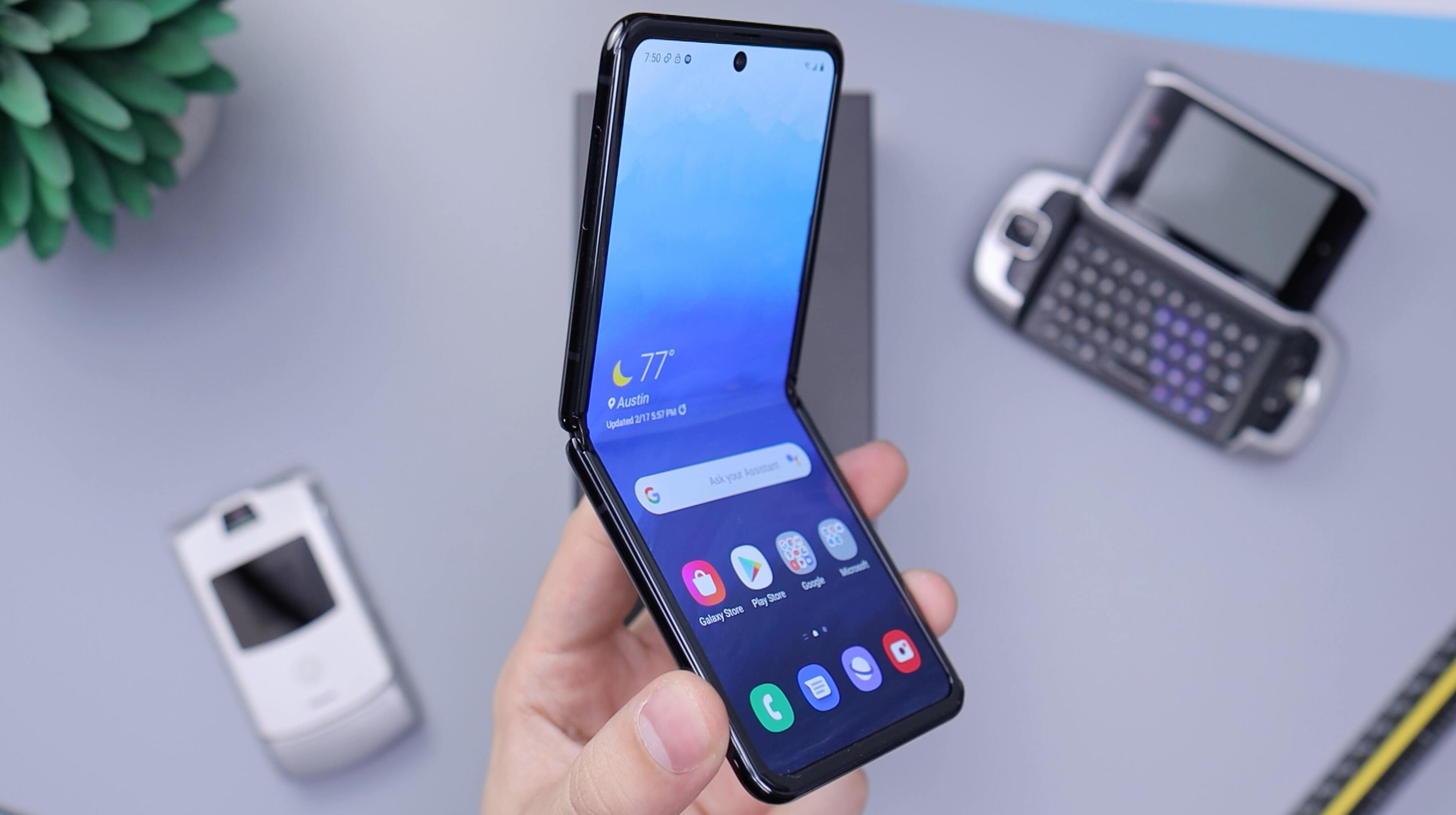 Поставки смартфонов Samsung значительно упали впервые за последние 9 лет