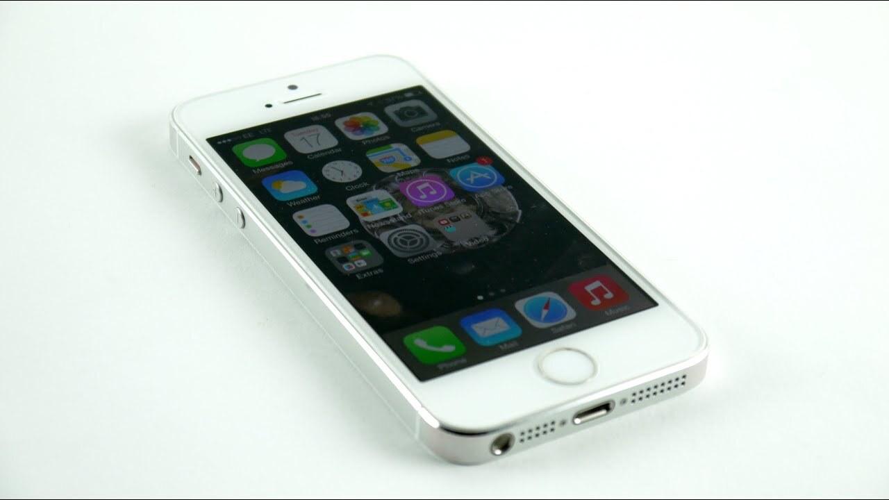 Фотографии предсерийных iPhone 5 утекли в сеть