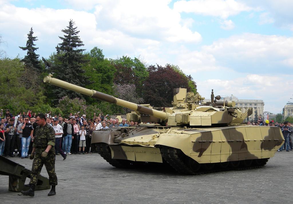 На Украине советские пушки выдавали за новые украинские