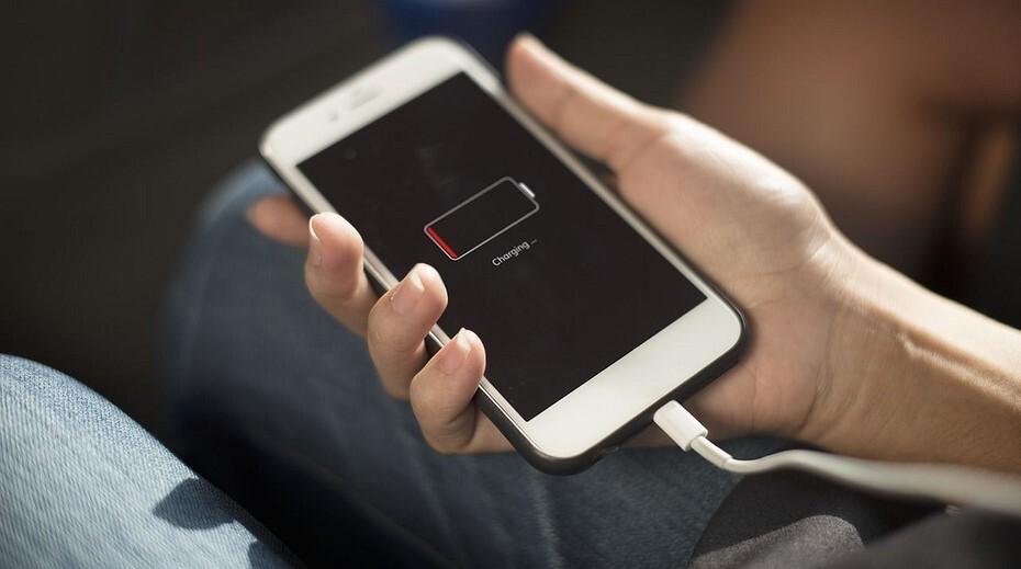 Перечислены случаи, когда нельзя заряжать смартфон