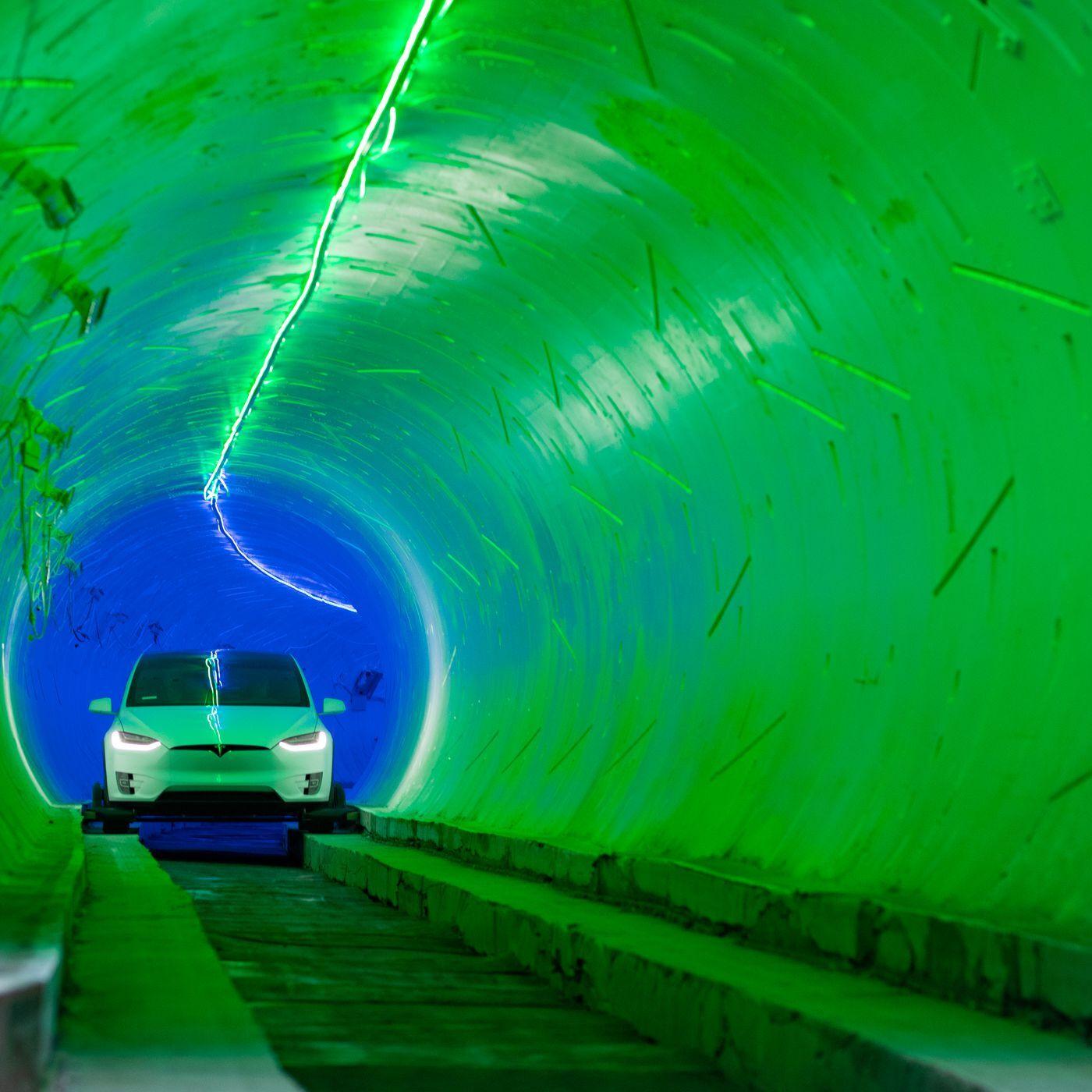 Илон Маск откроет транспортные тоннели вечеринкой в стиле Fallout