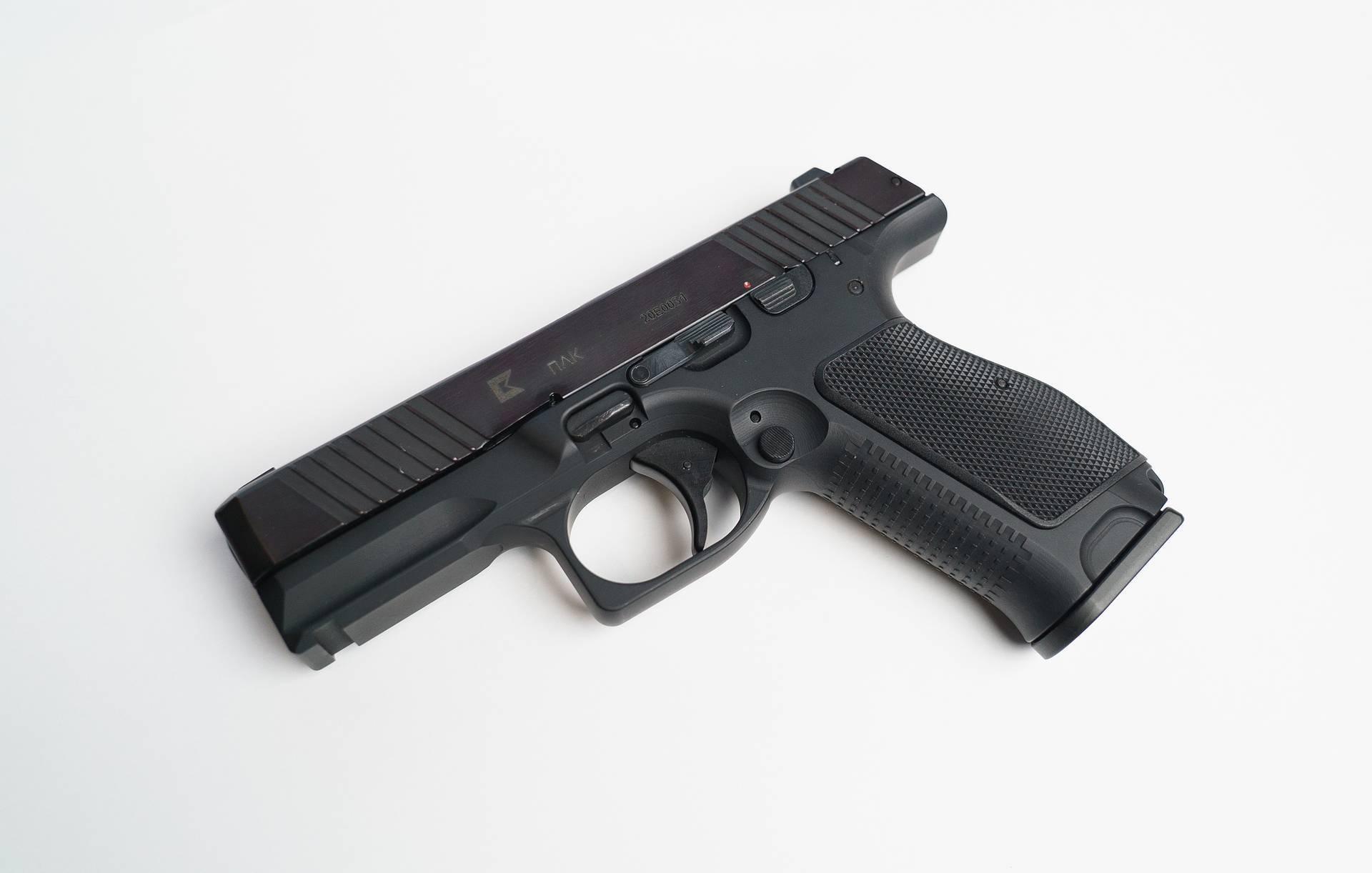 Россия выпустит за рубежом новый пистолет