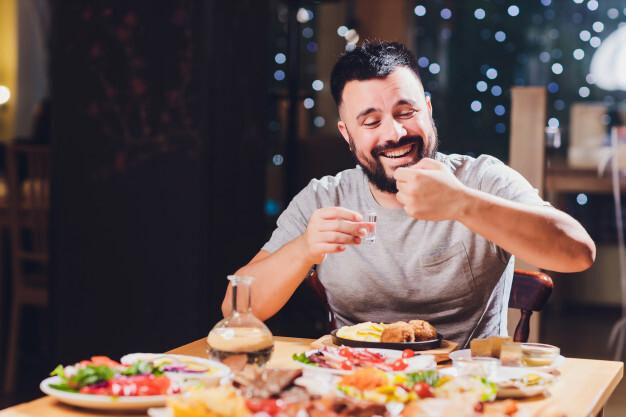 Российский врач назвала самые вредные для здоровья мужчин продукты