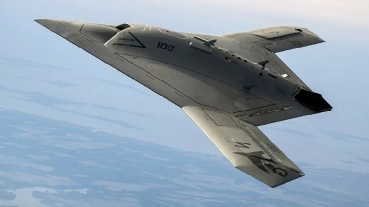 Возможности новейшего беспилотника С-70 Охотник раскрыты российским лётчиком испытателем