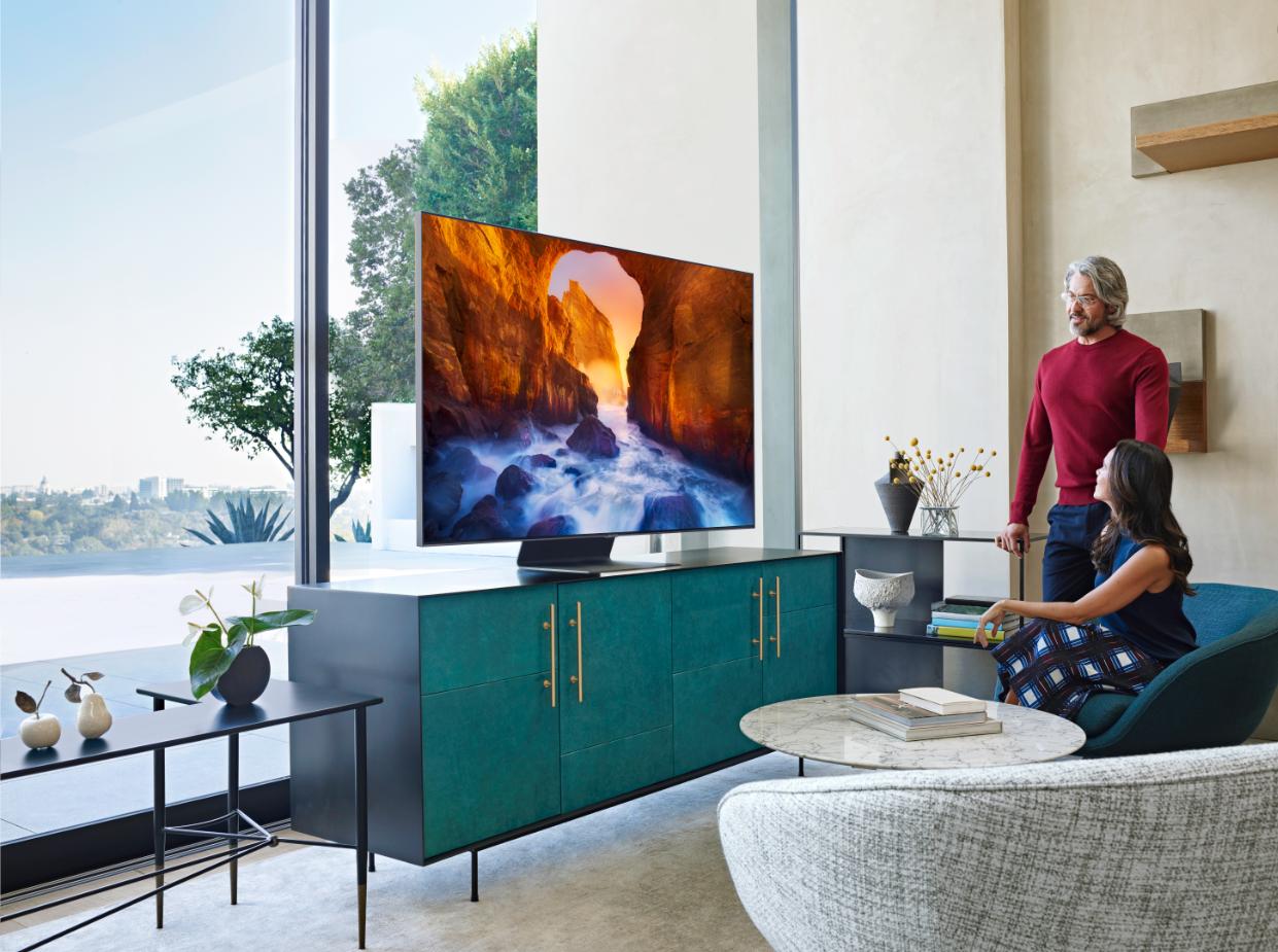 Samsung распродает телевизоры со скидками до 150 тысяч рублей