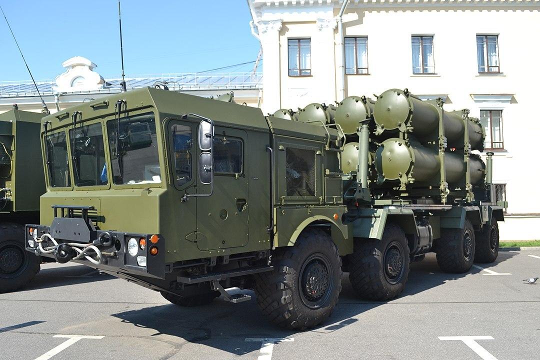 На видео показали испытания российской береговой ракеты