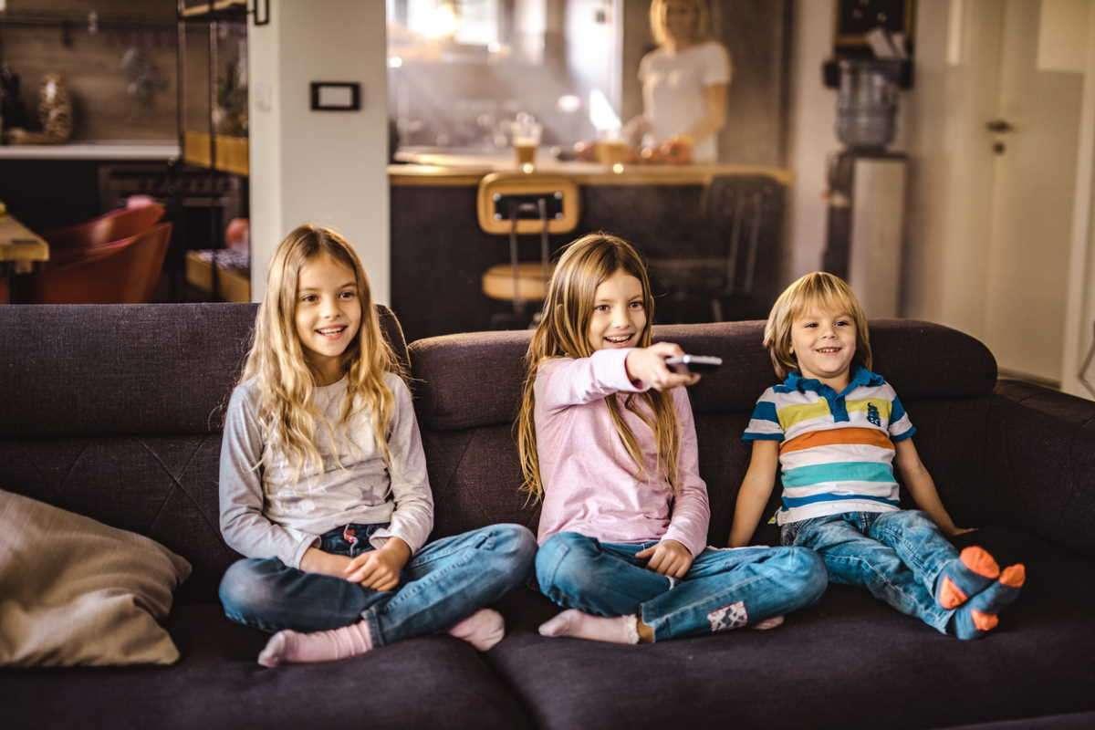 Учёные выяснили, как телевизор влияет на ценности детей